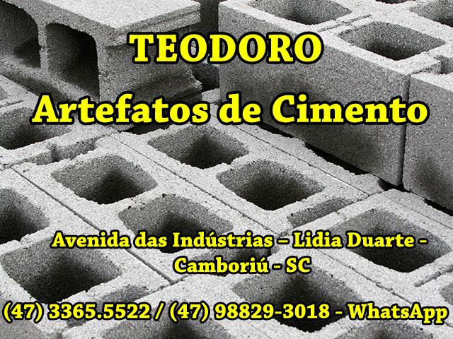 Poste de Cimento em Camboriú